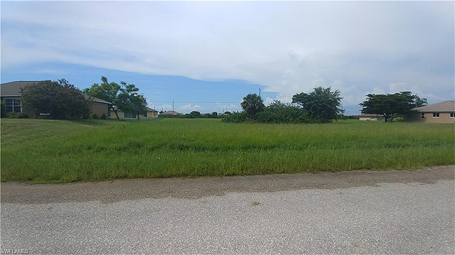 Baugrundstueck in SW Cape Coral fuer $15,000